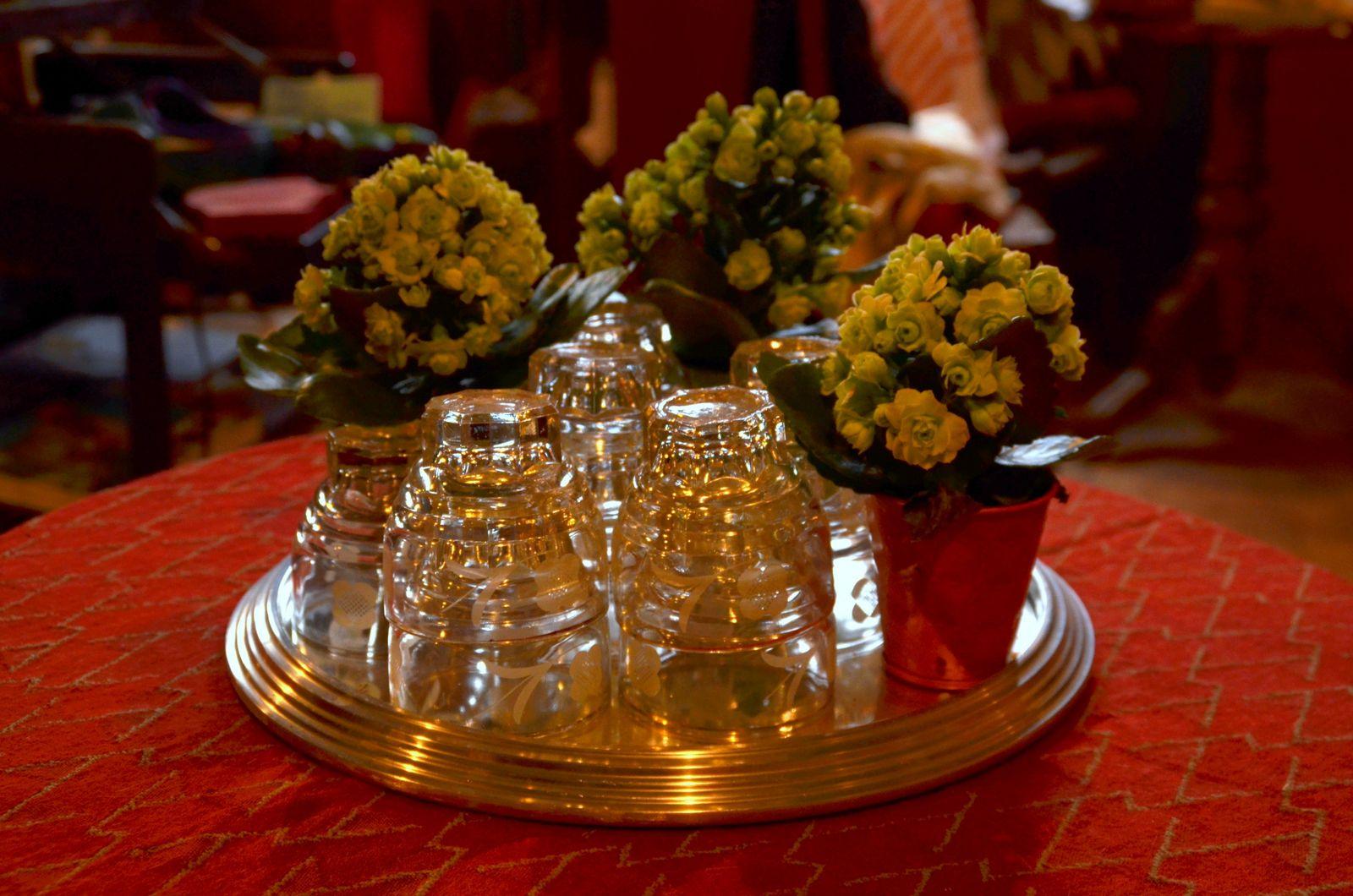 Bouquet marie lys cool floral watercolor pillow gray for Bouquet de lys